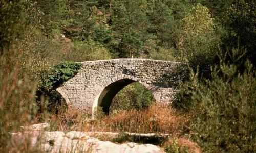 Puente de Criales