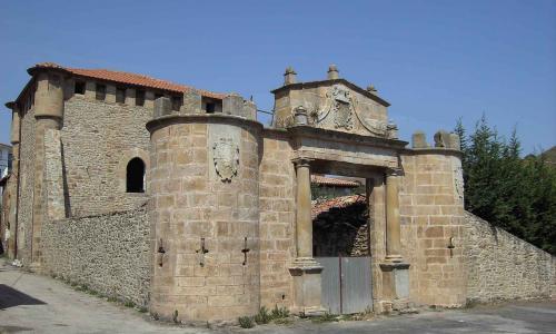 Torre de los Monteros o de Valanto