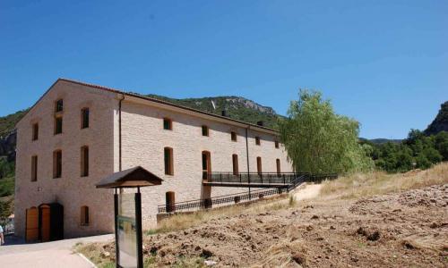 Casa del Parque Natural Montes Obarenes San Zadornil en Oña