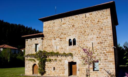 Torre del Marqués de S. Isidro y Torre de Doña María - Concejero